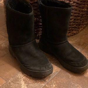 Women's Ugg short boots